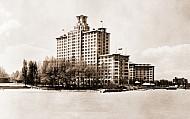 Edgewater Beach Hotel in Chicago