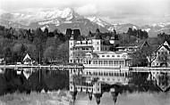 Castle Hotel with Mount Mittagskogel, Velden am Wörthersee